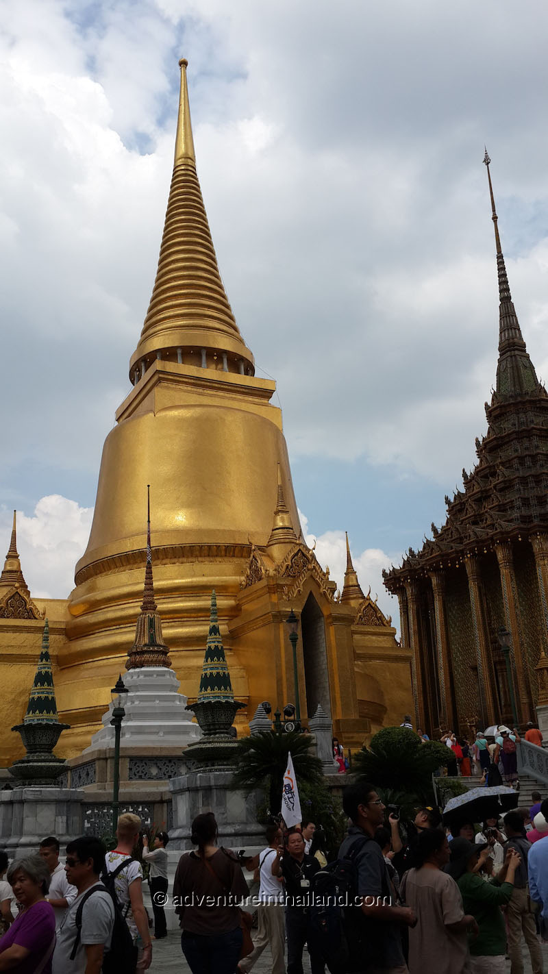 Temple of the Emerald Buddha (Wat Phra Kaew) and Grand Palace in Bangkok  Ad...